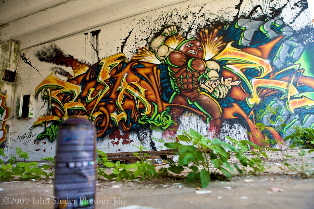 Graffiti with spray can